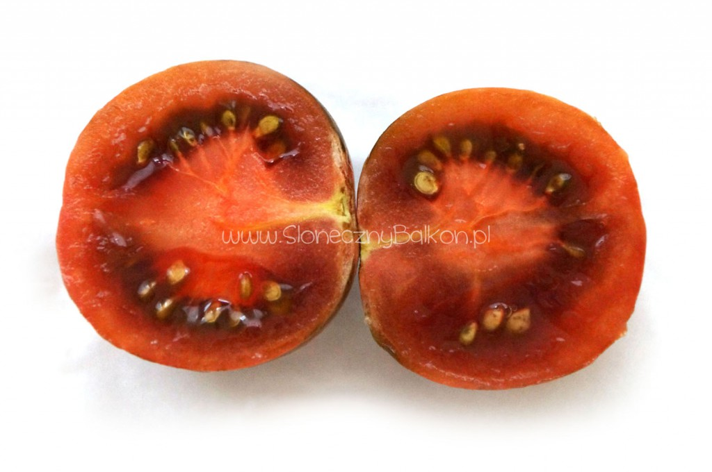 pomidor-koktajlowy-przekroj-violet-jasper