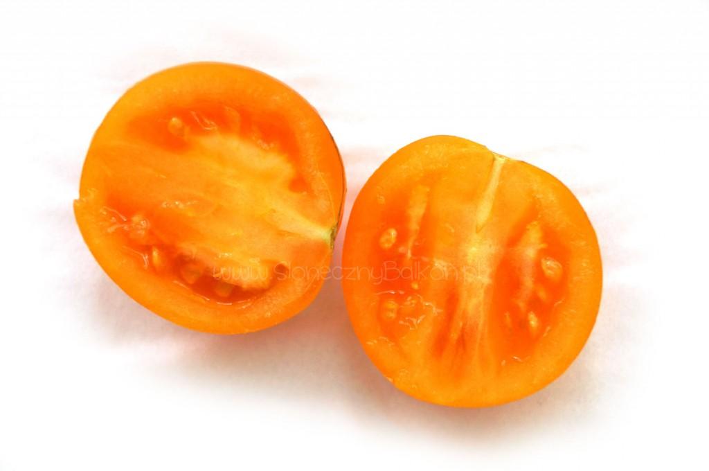 pomidor-koktajlowy-przekroj-zloty-ozarowski